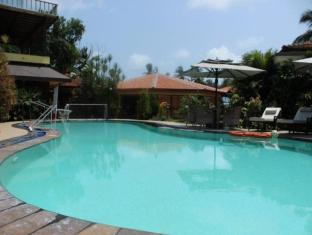 Coconut Grove Hotel South Goa - Swimming Pool
