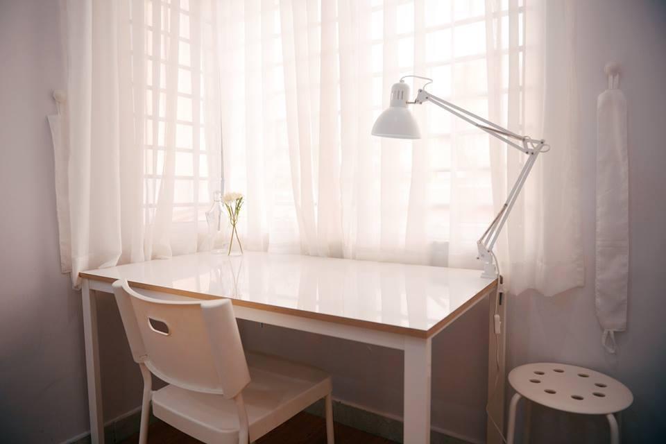 Le Soleil De Van  White Room