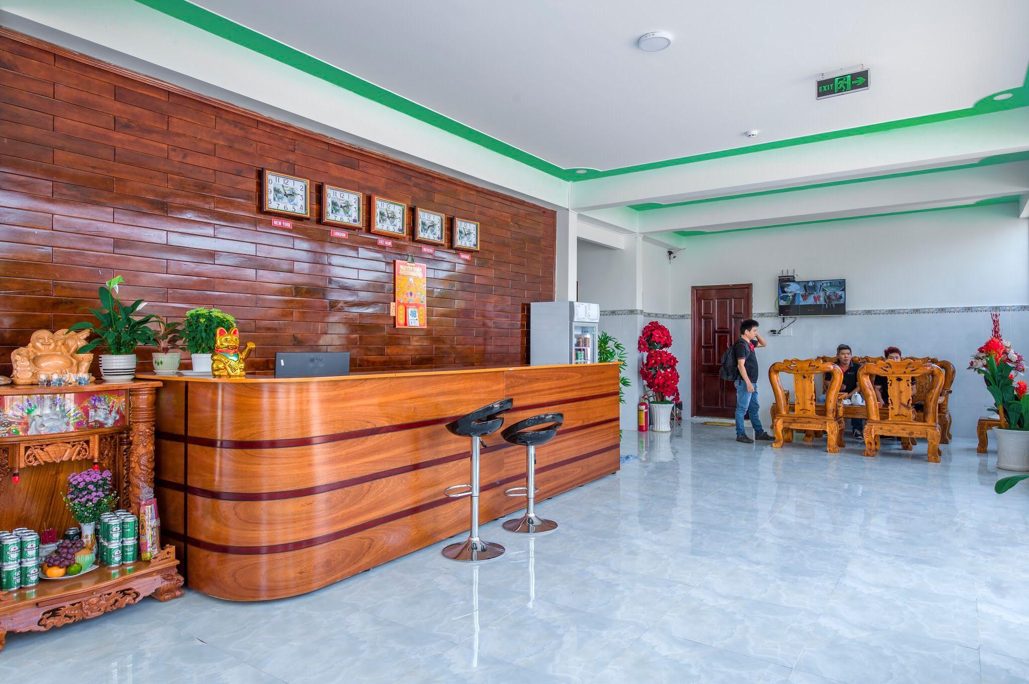 Nguyen Toan Hotel