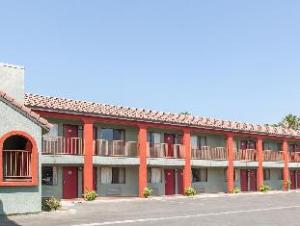 Par Bakersfield Central (Ramada Limited Central Bakersfield)