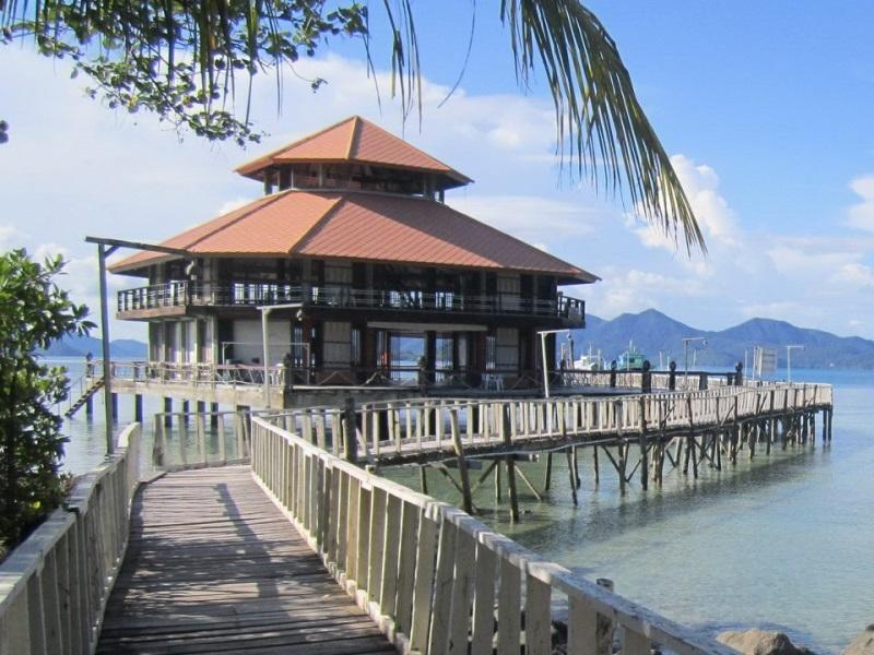 Koh Wai Pakarang Resort เกาะหวาย ปะการัง รีสอร์ต