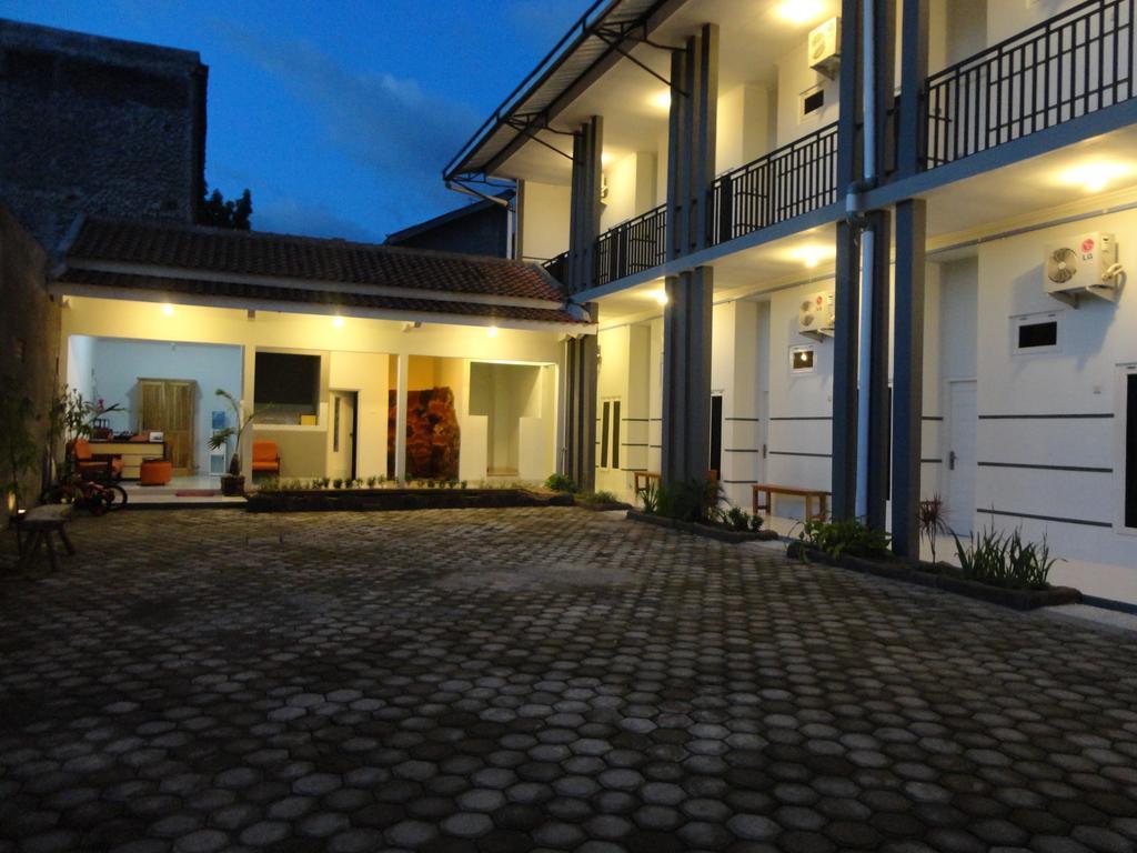 Pendowo Huis Guest House   Standard 5