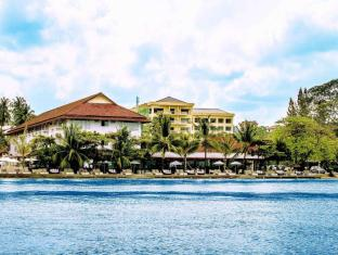 Queenco Hotel