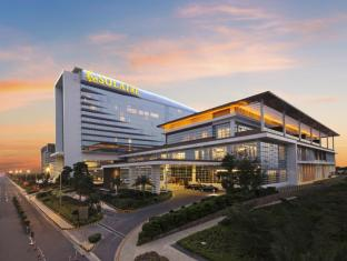 /lt-lt/solaire-resort-casino/hotel/manila-ph.html?asq=bs17wTmKLORqTfZUfjFABlMiUY%2bhZw3fbuSbToxVCZjaRKpHdEPIHfSRdOIxvw0N4NYzJzSWhMafemNBBoQnyw%3d%3d