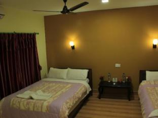 Chitwan Safari Camp & Lodge Chitwan - Deluxe Room