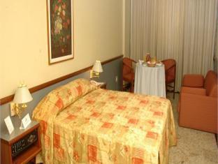 Merlin Copacabana Hotel Rio De Janeiro - Guest Room