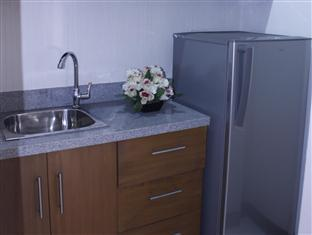 Vistana Residences Cebu City - Suite Room kichenette