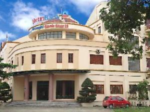 バンクスターキュアロホテル (Bank Star Cua Lo Hotel)