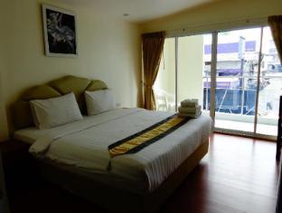 At Sea Residence Pattaya - Superior street view