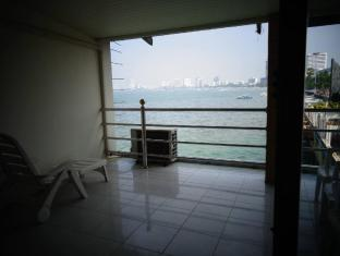 At Sea Residence Pattaya - Triple