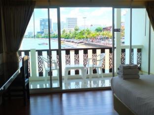 At Sea Residence Pattaya - Triple Sea View