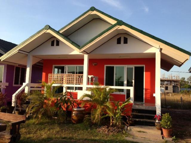 ร่มบารมี วิลลา แอนด์ รีสอร์ท – Rombaramee Villa & Resort