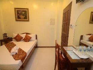 picture 2 of Aquari Travelers Suites