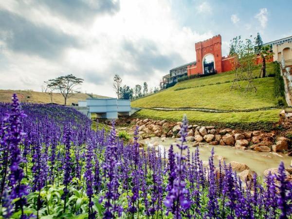 The Bluesky Resort @ Khao Kho Khao Kho
