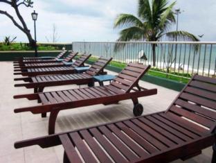 Galadari Hotel Colombo - Swimming Pool