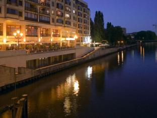 Riverside Royal Hotel & Spa