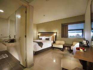 Hotel Neo Kuta Jelantik Бали - Голяма стая
