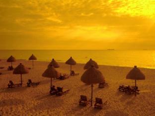 Mount Lavinia Hotel Colombo - Sunset View
