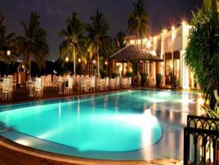 Mount Lavinia Hotel Colombo - Swimming Pool