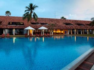 /nl-nl/avani-bentota-resort-spa/hotel/bentota-lk.html?asq=5VS4rPxIcpCoBEKGzfKvtE3U12NCtIguGg1udxEzJ7nKoSXSzqDre7DZrlmrznfMA1S2ZMphj6F1PaYRbYph8ZwRwxc6mmrXcYNM8lsQlbU%3d