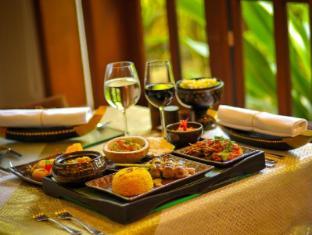 Borei Angkor Resort & Spa Siem Reap - Khmer Dish