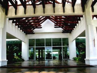 Century Helang Hotel Langkawi - Front Door