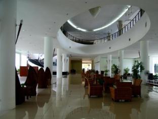 Century Helang Hotel Langkawi - Lobby Sitting Area