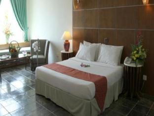 Century Helang Hotel Langkawi - Deluxe King Bed