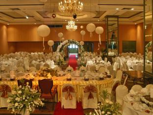 Grand Margherita Hotel Kuching - Tantsusaal
