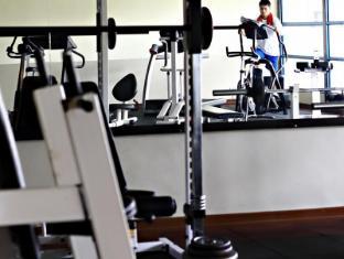 Merdeka Palace Hotel & Suites Kuching - Fitnessraum