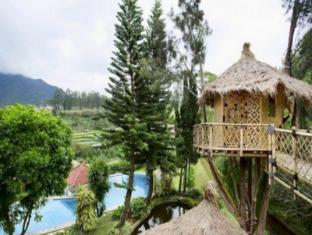 Private Villa Bambu - Villa Istana Bunga Lembang