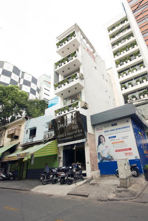 Wanderlust Saigon Hostel And Rooftop Bar