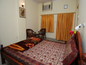Rukkmani Guest House
