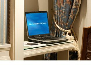Hotel Stendhal & Luxury Suite Annex Rome - BUSINESS DESK IN DOUBLE SINGLE USE