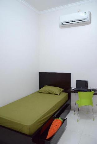Guest Rooms @ Rumah Anggrek BSD City Tangerang Kota