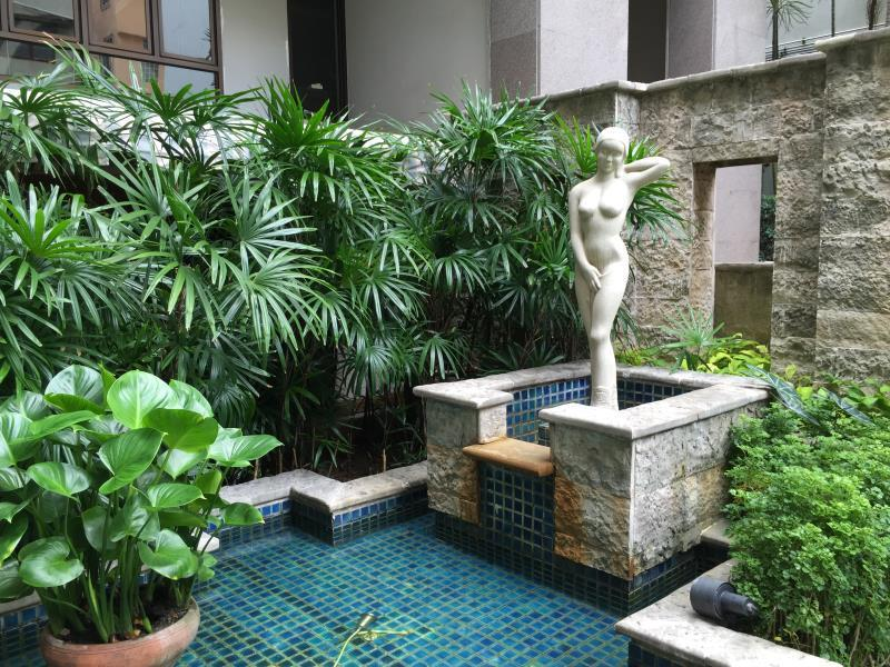 Silom Serene Hotel โรงแรมสีลม ศิรินทร์