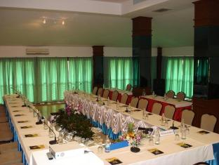 Golden Pine Resort and Spa Chiang Rai - Meeting Room