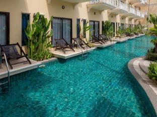 The Front Village Hotel Phuket - Bazen
