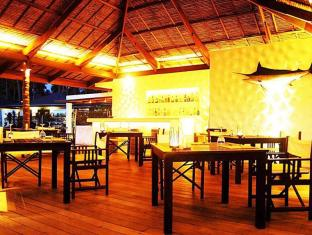 The Racha Phuket Resort Phuket - Restoran