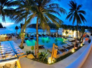 The Racha Phuket Resort Phuket - Club Del Mar Pool