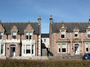 Eden Court Theatre Hotels - Ardross Glencairn