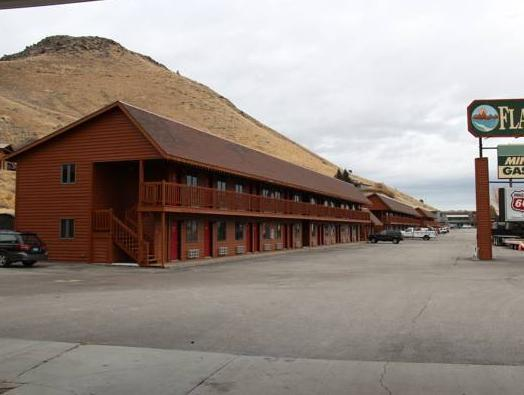Flat Creek Inn