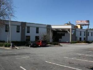 Palm Tree Extended Stay - Macon