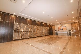 Sky Center Tan Son Nhat Airport Apartment