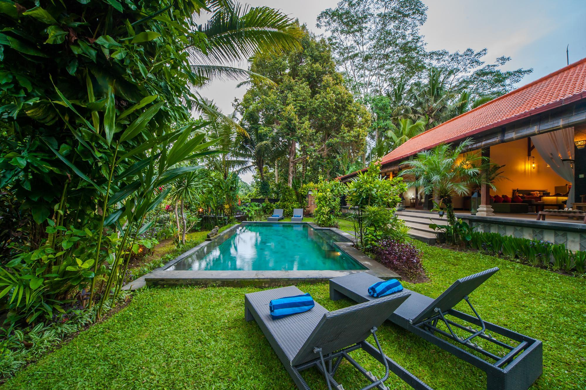 Tranquil Villa With Lush Gardens And Private Pool