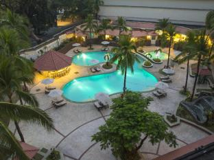 /holiday-inn-clark/hotel/angeles-clark-ph.html?asq=jGXBHFvRg5Z51Emf%2fbXG4w%3d%3d