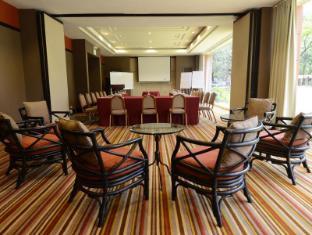 Holiday Inn Clark 安吉利斯/克拉克 - 會議室