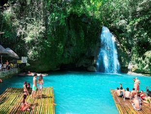 Badian Island Wellness Resort Badian - Activités à proximité