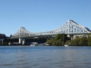 Rendezvous Hotel Brisbane on George Brisbane - Storey Bridge