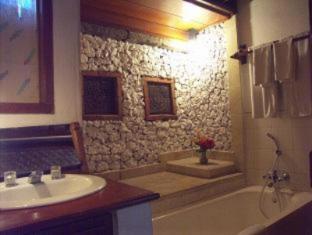 Balisani Padma Hotel Bali - Bathroom